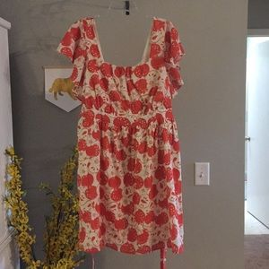 Apple-print ruffle-sleeve dress ( + pockets!) NWOT